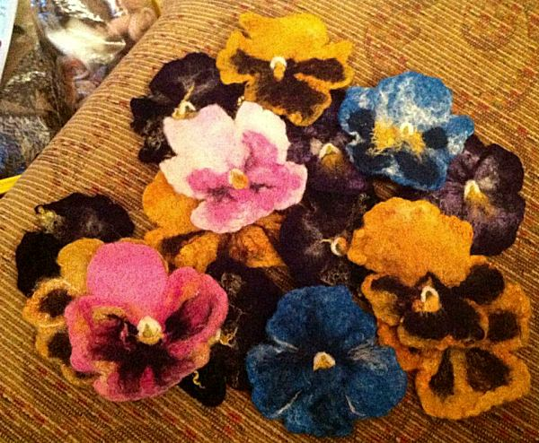 pansy-brooches